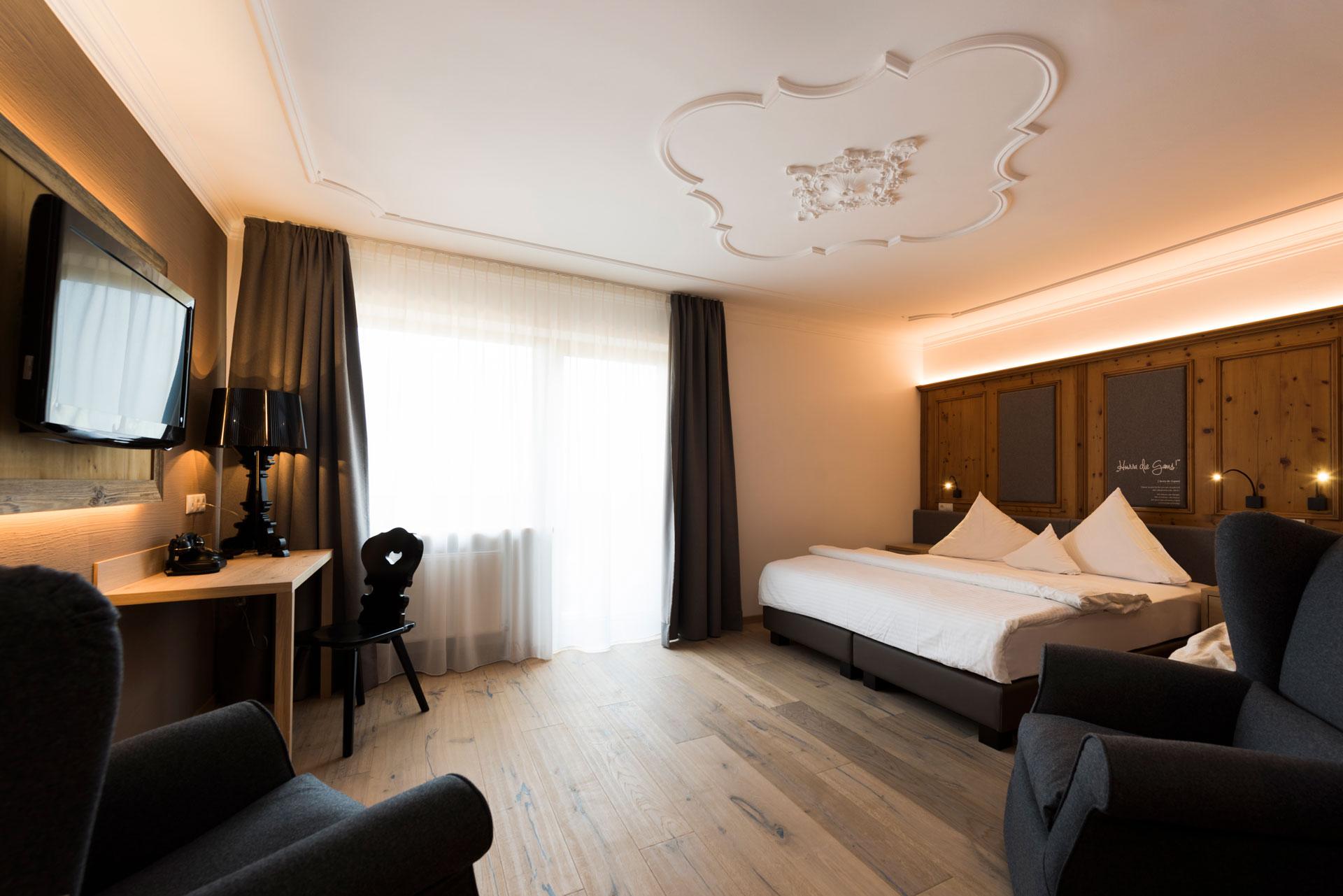 gemuetlich-wohnen-in-neustift-hotel-der-stubaierhof-urlaub-im-stubaital